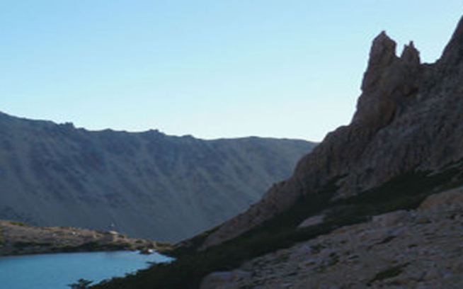 At Laguna Toncek you find Refugio Frey and Aguja Frey. Aguja Frey offers the closest climbing to the camping and the hut.
