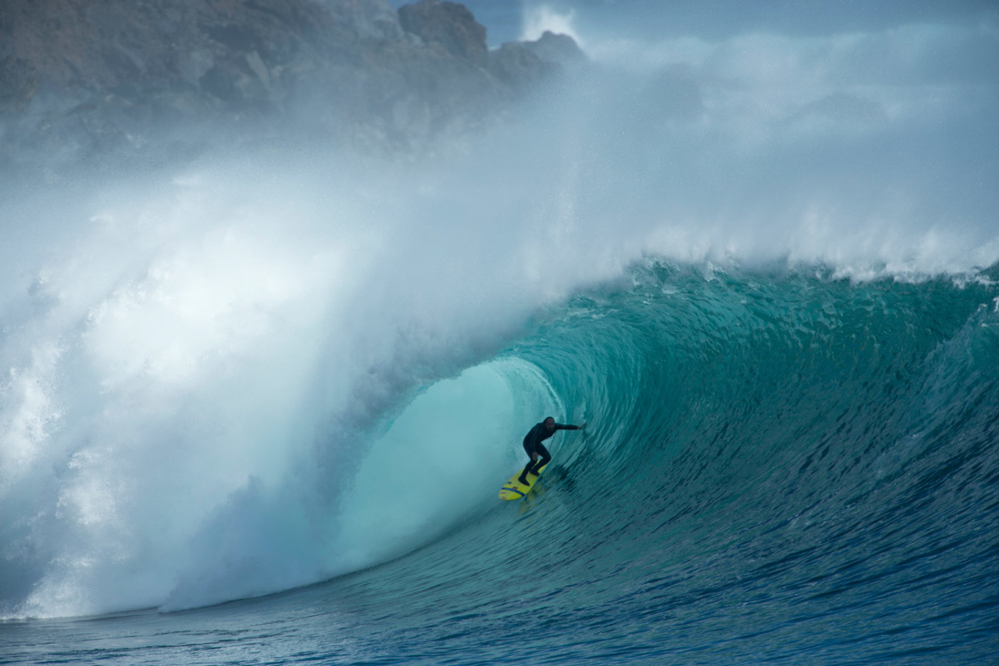 Ramón on a magical day when it was just himself and two friends out in the middle of the Pacific Ocean. Rapa Nui, Chile. Photo: Alfredo Escobar
